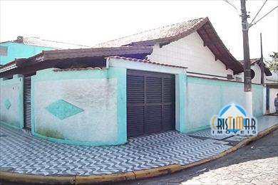 Casa, código 527 em Praia Grande, bairro Boqueirão