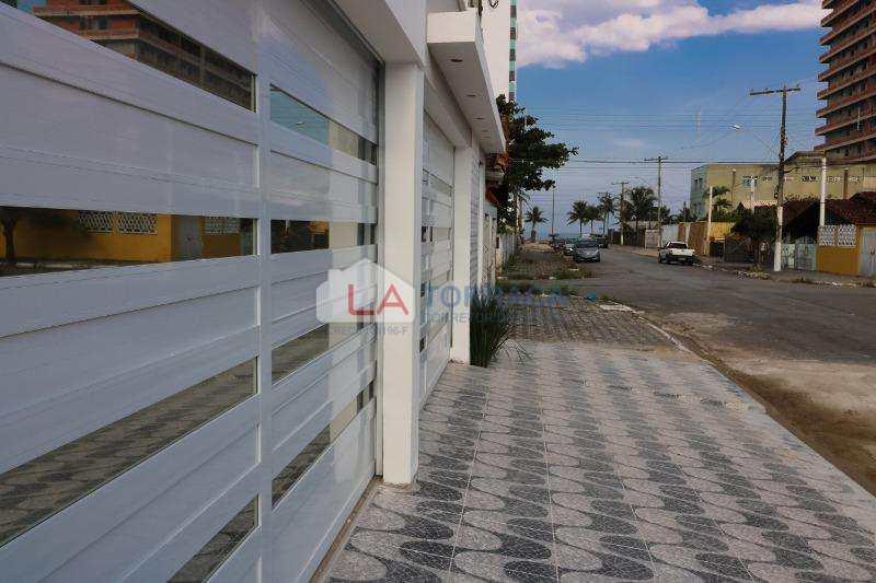 Sobrado de Condomínio em Praia Grande, no bairro Real