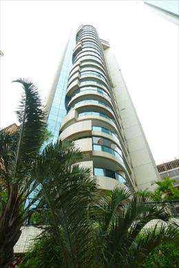 Apartamento, código 4221 em São Paulo, bairro Panamby