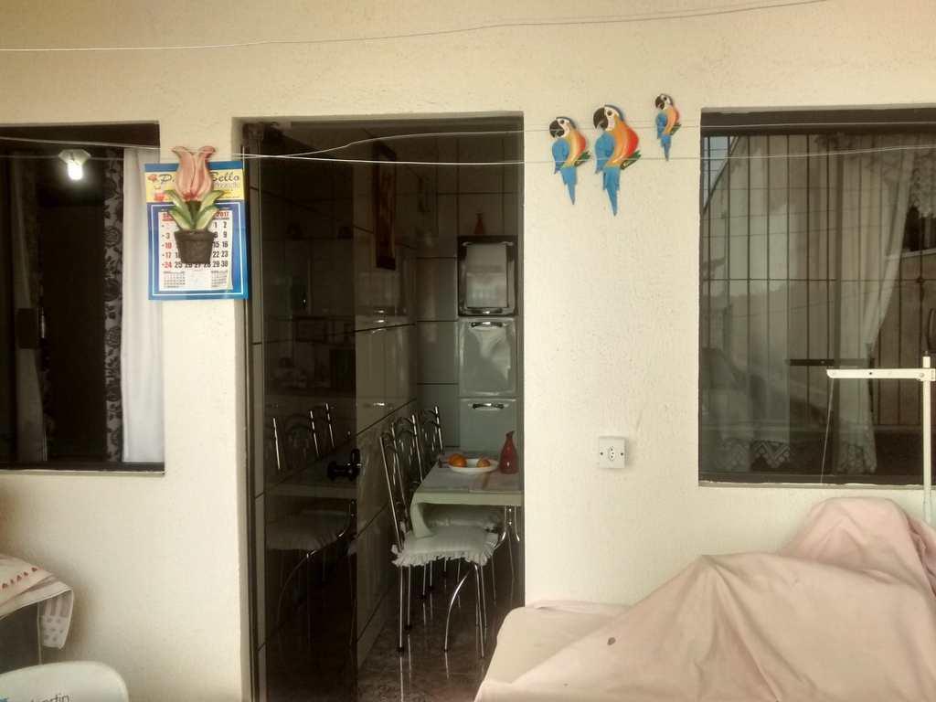 Casa em Sorocaba, bairro Jardim Santa Catarina