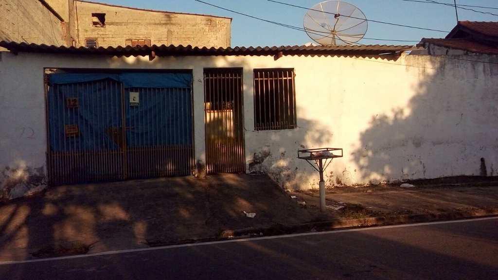 Casa em Sorocaba, bairro Cajuru do Sul