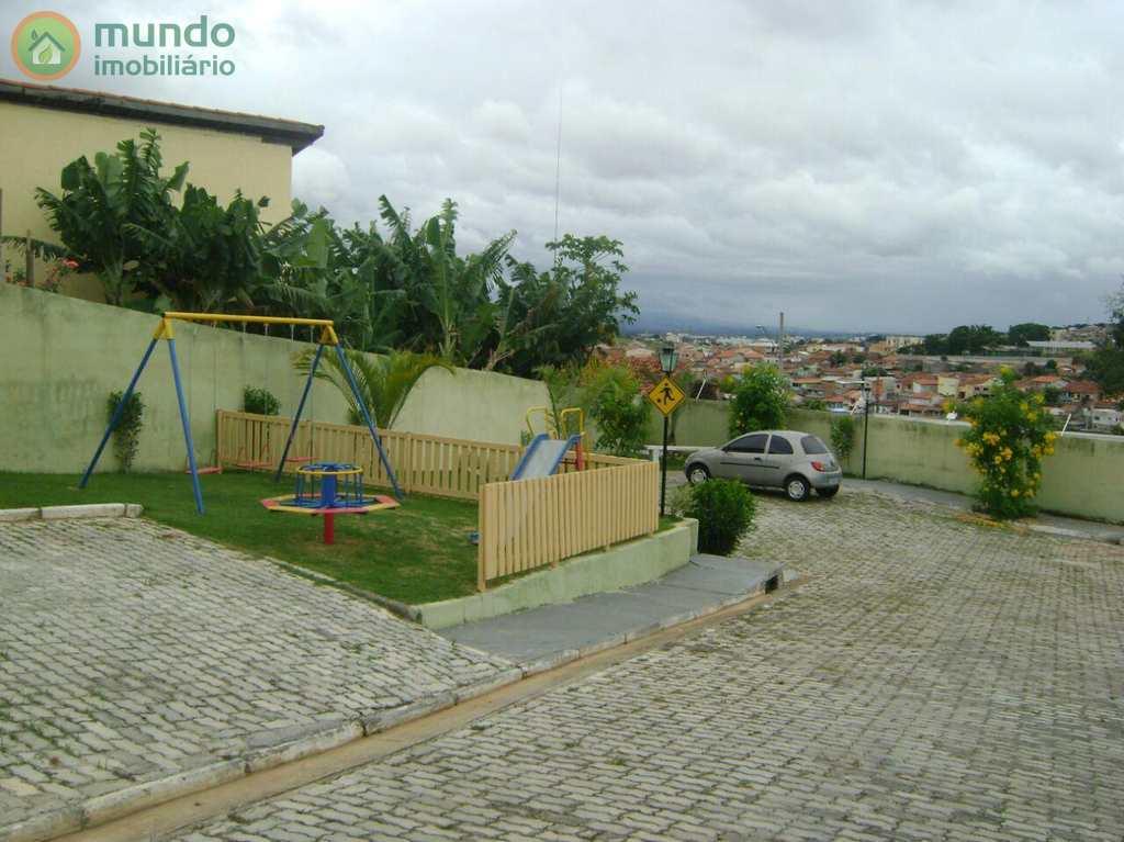 Sobrado de Condomínio em Taubaté, no bairro Chácaras Reunidas Brasil