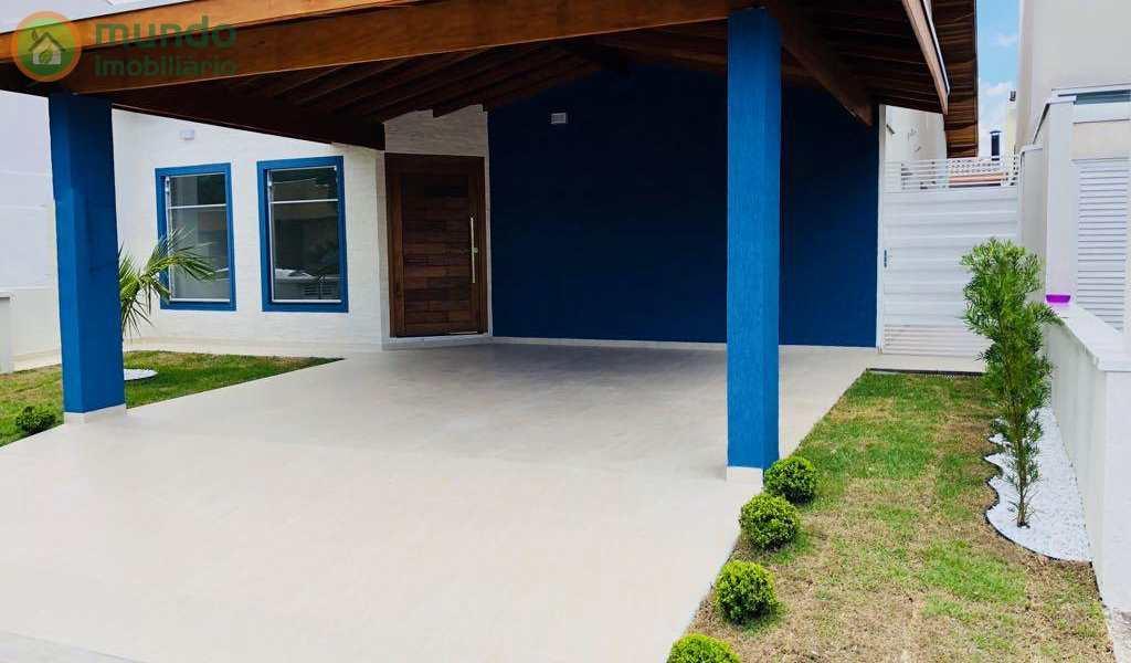 Casa de Condomínio em Tremembé, bairro Condomínio Campos do Conde