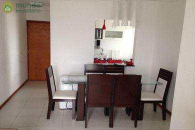 Apartamento, código 5063 em Taubaté, bairro Monção
