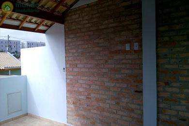 Casa em Taubaté, no bairro Vista Alegre