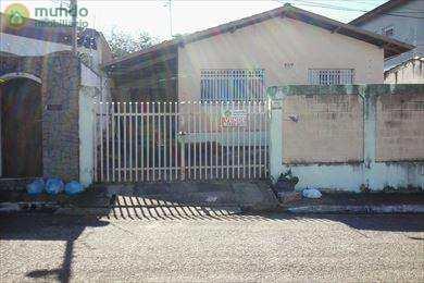 Casa, código 4993 em Taubaté, bairro Jardim Independência