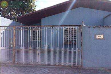 Casa, código 4992 em Taubaté, bairro Jardim Maria Augusta