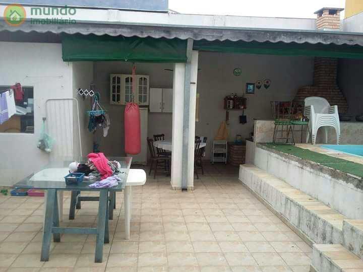 Sobrado em Taubaté, no bairro Jardim Ana Rosa