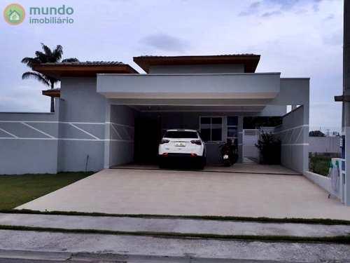 Casa de Condomínio, código 4820 em Taubaté, bairro Quiririm