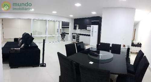 Apartamento, código 4705 em Taubaté, bairro Vila Edmundo