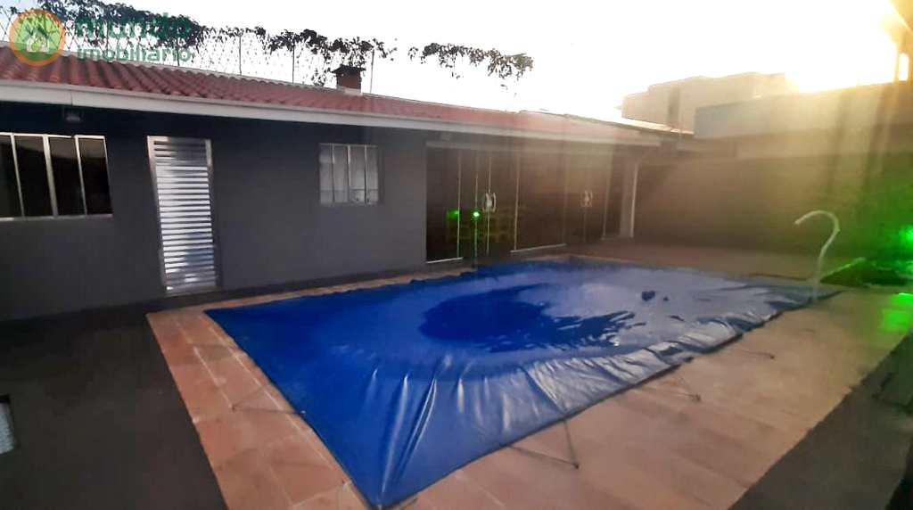 Sobrado de Condomínio em Taubaté, no bairro Jardim Oásis