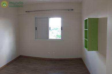 Apartamento em Taubaté, no bairro Independência