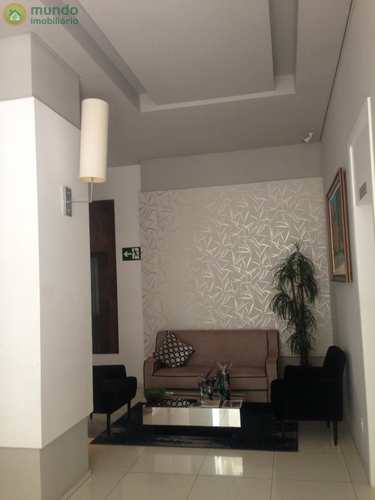 Apartamento, código 3096 em Taubaté, bairro Centro