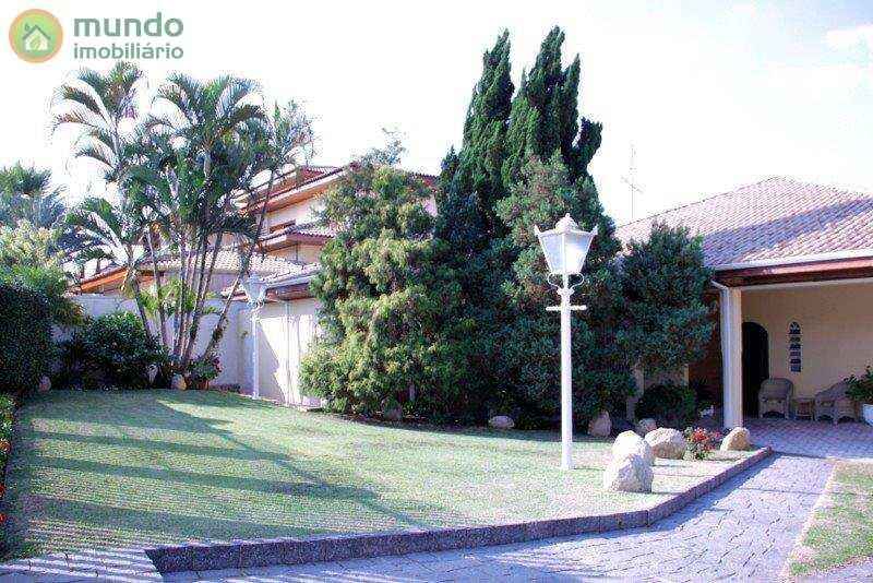 Casa em Taubaté, no bairro Jardim das Nações