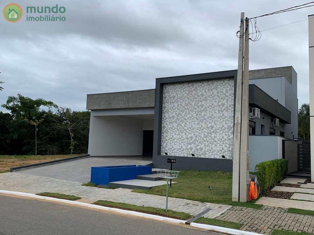 Sobrado de Condomínio em Taubaté, no bairro Quiririm