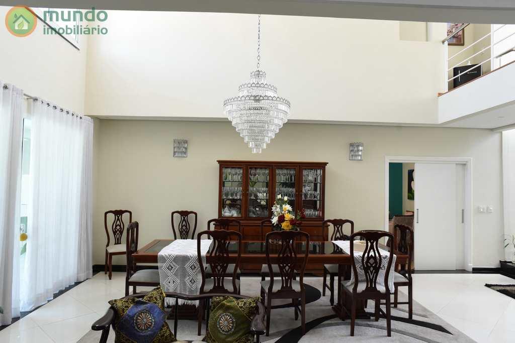 Sobrado de Condomínio em Tremembé, no bairro Condomínio Portal do Sol