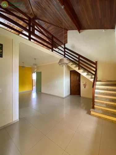 Casa Comercial, código 7021 em Taubaté, bairro Bosque Flamboyant