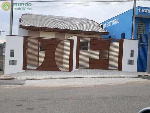 Casa, código 7076 em Taubaté, bairro Residencial Estoril