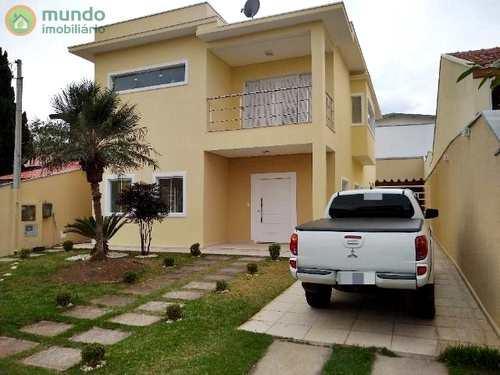 Sobrado de Condomínio, código 7412 em Taubaté, bairro Bel Recanto