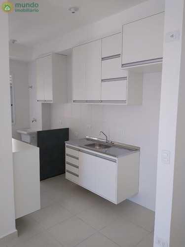 Apartamento, código 8155 em Taubaté, bairro Areão
