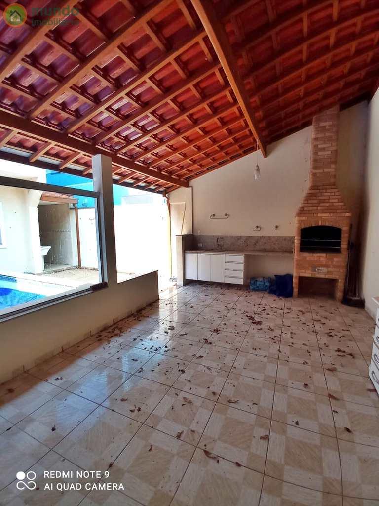 Casa em Tremembé, no bairro Condomínio Campos do Conde