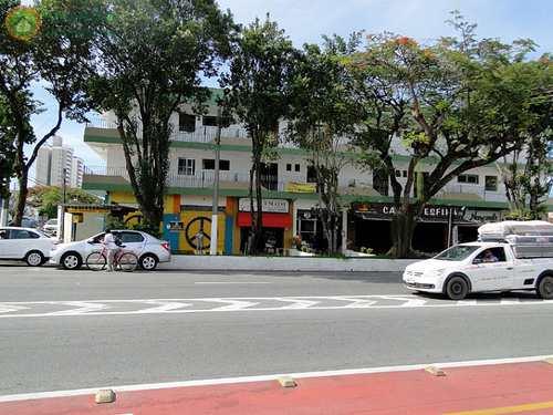 Apartamento, código 8452 em Taubaté, bairro Independência