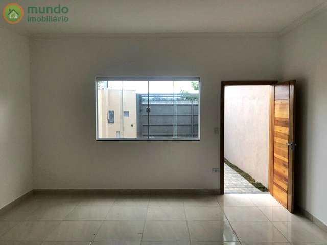 Casa em Taubaté, no bairro Vila dos Comerciários 2