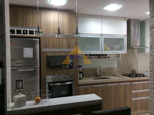 Apartamento, código 9121 em Santo André, bairro Vila Humaitá
