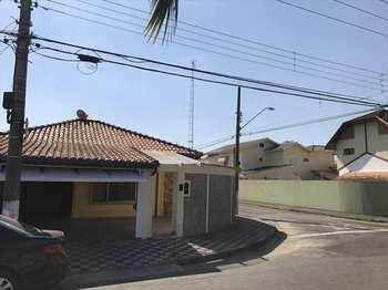 Casa, código 7299 em Jacareí, bairro Cidade Jardim
