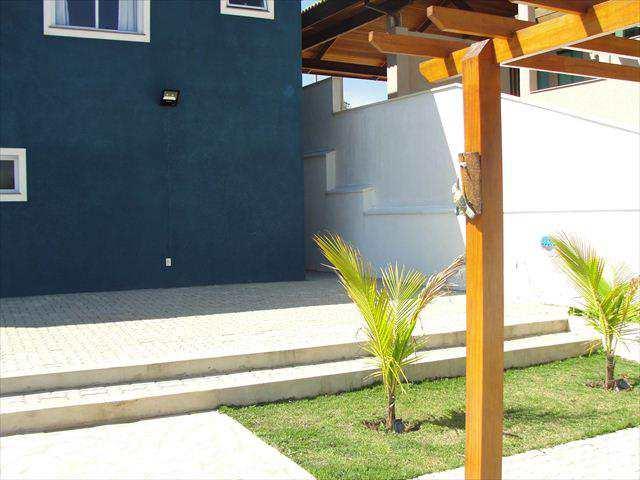 Casa em Jacareí, no bairro Jardim Nova Esperança
