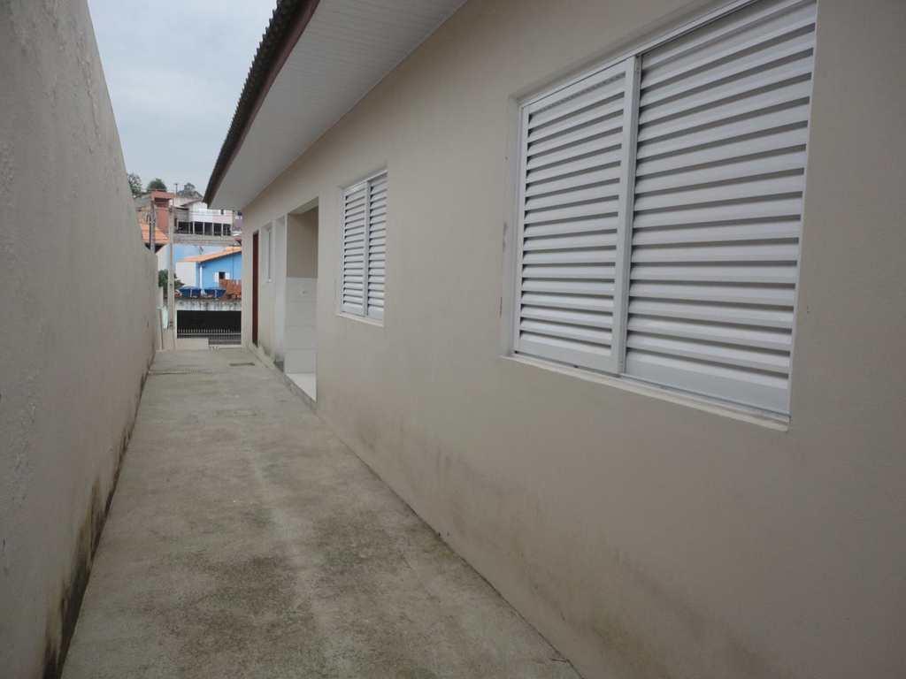 Casa em Jacareí, no bairro Cidade Nova Jacareí