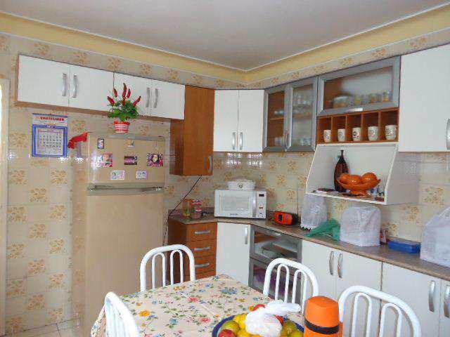 Casa em Jacareí, no bairro Jardim São José