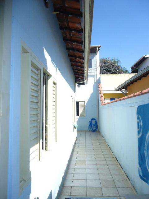Casa em Jacareí, no bairro São João