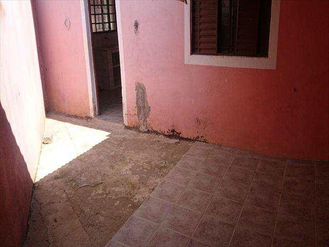 Casa em Jacareí, no bairro Jardim Didinha