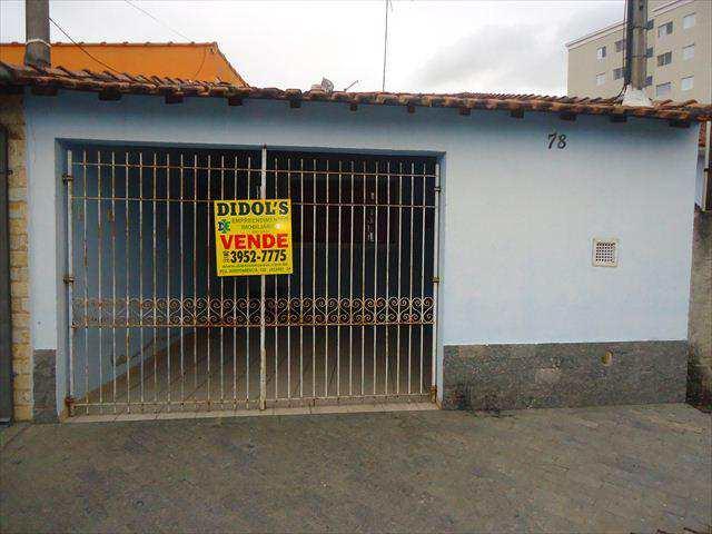 Casa em Jacareí, no bairro Jardim Santa Maria