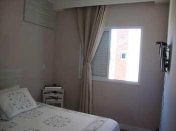 Apartamento, código 5068 em Jacareí, bairro Centro