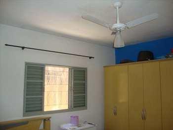 Casa, código 3471 em Jacareí, bairro Parque Imperial