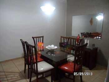 Apartamento, código 3120 em Jacareí, bairro Jardim Califórnia
