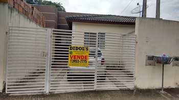 Casa, código 7653 em Jacareí, bairro Bandeira Branca