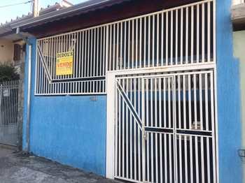 Casa, código 7768 em Jacareí, bairro Parque Santo Antônio