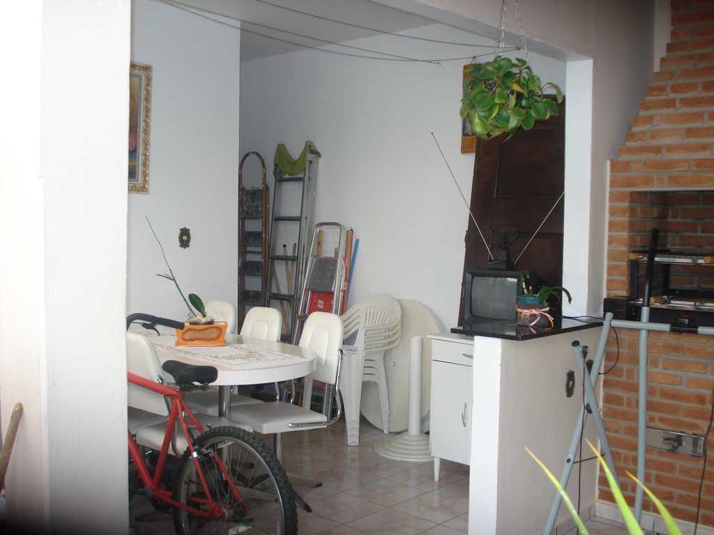Casa em Jacareí, no bairro Jardim Maria Amélia