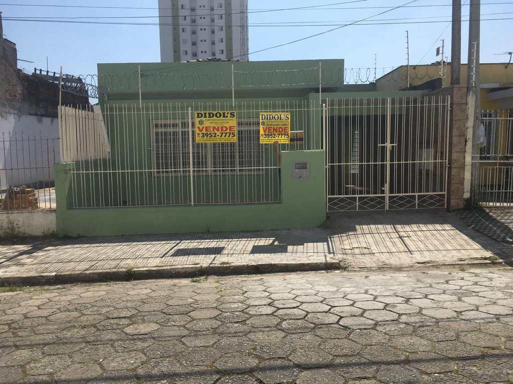 Casa em Jacareí, no bairro Centro
