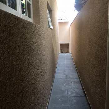 Casa em Jacareí, bairro Jardim Marister