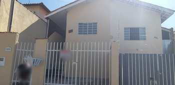 Casa, código 8696 em Jacareí, bairro Cidade Salvador