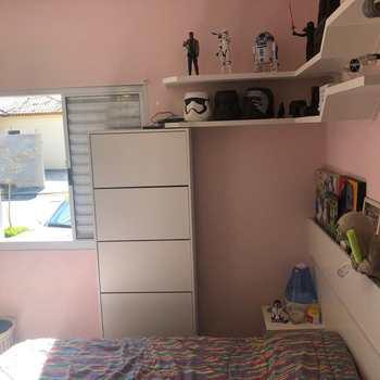 Casa de Condomínio em Jacareí, bairro Jardim Marcondes