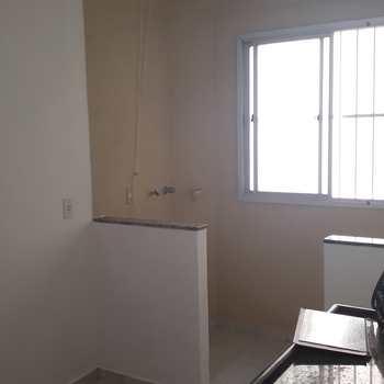 Apartamento em Jacareí, bairro Conjunto Habitacional Marinho