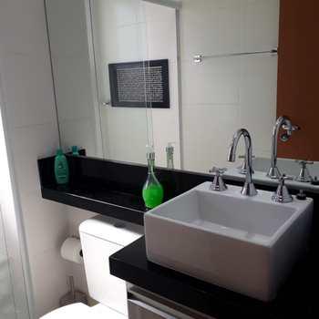 Apartamento em Jacareí, bairro Centro