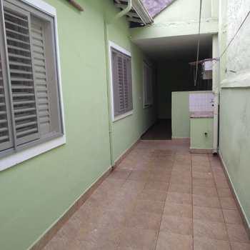 Casa em Jacareí, bairro Vila Martinez
