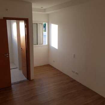 Apartamento em Jacareí, bairro Jardim Califórnia