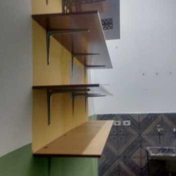 Casa de Condomínio em Jacareí, bairro Parque Califórnia